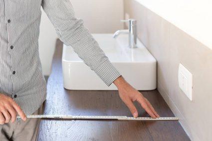 Avantages de la rénovation personnalisée d'une salle de bains sur mesure
